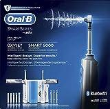 Oral-B Mundpflege-Center, SMART 5000 Elektrische Zahnbürste + OxyJet Munddusche, Für eine sanfte...