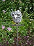 Edelstahl Gartenstecker 'Eule Mia' auf Stab, Gartendekoration, Steinvogel