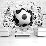 DekoShop Fototapete Vlies Tapete Moderne Wanddeko Wandtapete 3D Fußbälle in der Ziegelwand...