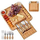 Bambus-Holz Käsebrett, Käse-Serviertablett mit Messerset, Wurstbrett und Käseplatte beinhaltet 4...